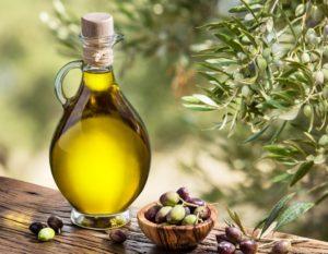 Olive-oil-and-berries-1080x840 - Αντιγραφή