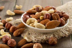 bowl-nuts-peanuts-almonds.jpg.838x0_q80 - Αντιγραφή